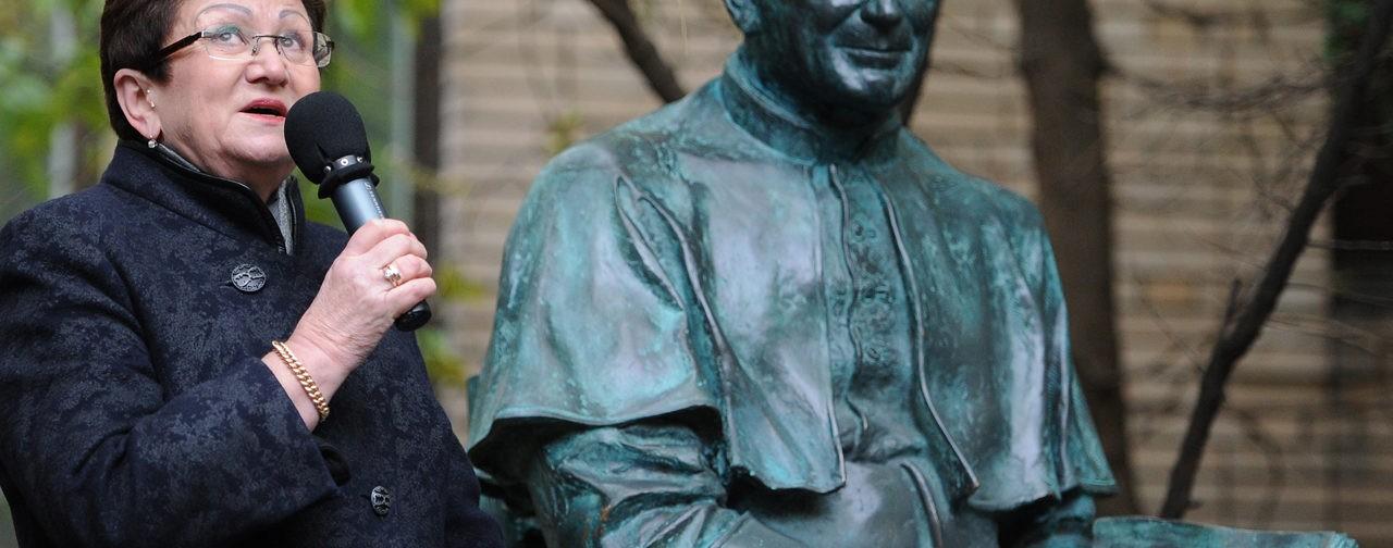 Священник Димитрий Агеев: Екатерина Гениева была неким мостом, связывающим Восток и Запад