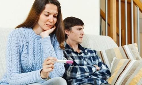 Каждый шестой аборт в России женщины делают под давлением партнера, который не готов к отцовству