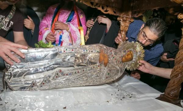У Гробницы Пресвятой Богородицы. Фото: orthodox-jerusalem.ru