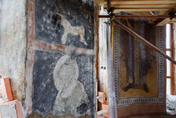 Эти росписи рублевской школы были найдены в барабане купола во время реставрации в 60-е годы
