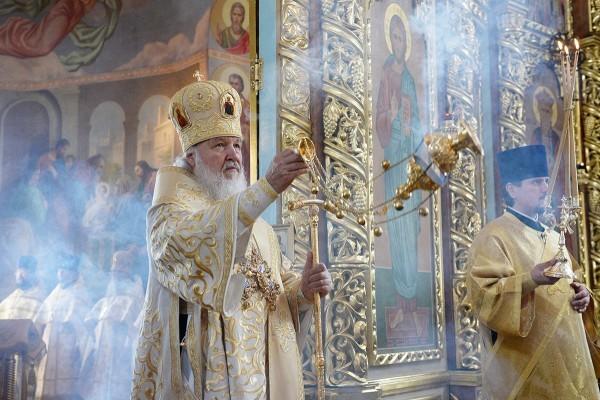 Патриарх Кирилл: Вера нужна потому, что только вера соединяет людей с Богом