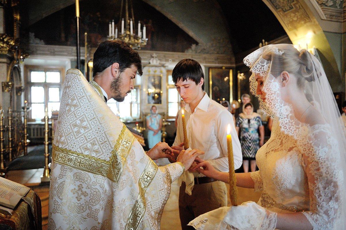 Венчание без регистрации в ЗАГСЕ, Православие и мир