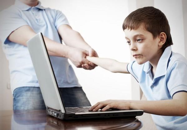 Как распознать интернет-зависимость у ребенка?