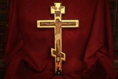 Церковь празднует Происхождение (изнесение) Честных Древ Животворящего Креста Господня