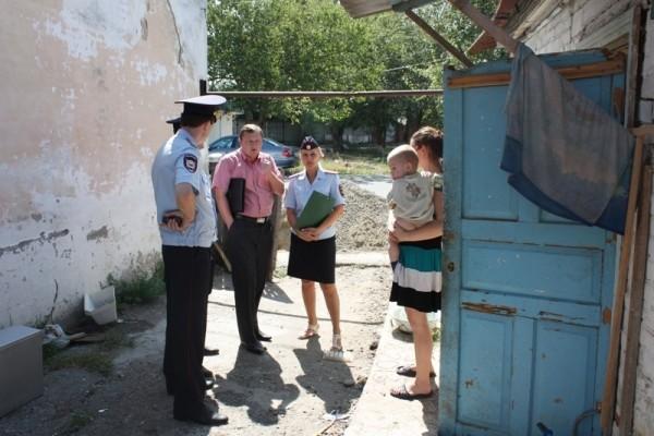 Власти Нижегородской области проверят более 1600 неблагополучных семей