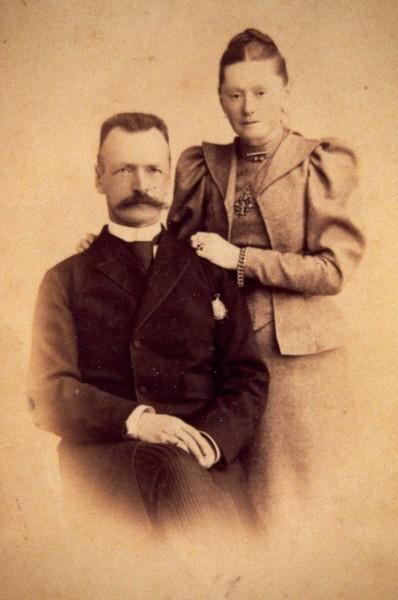 Оттон Людвигович с Александрой Дмитриевной. 1890-е гг.