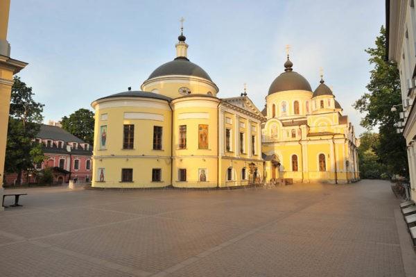 Покровский Ставропигиальный женский монастырь (Москва)