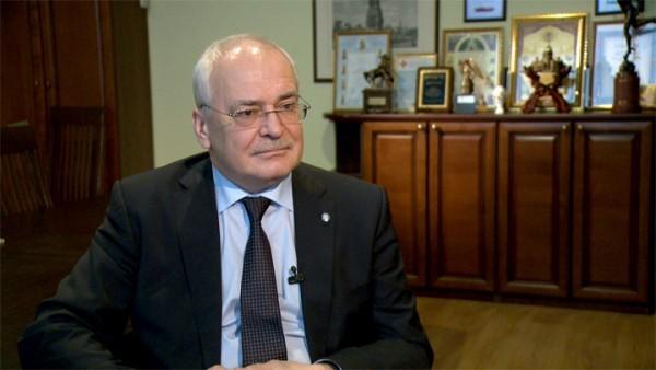 Директор музея «Исаакиевский собор» обратится в прокуратуру по поводу клеветы о его участии в уничтожении барельефа