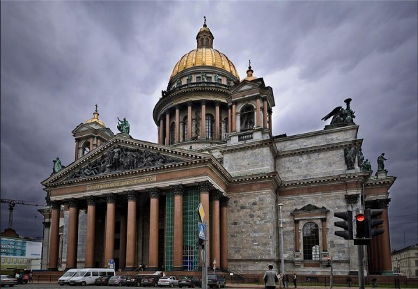 Министерство культуры РФ считает, что статус Исаакиевского собора не надо менять