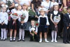 Двух волонтеров задержали у московской школы во время акции «Дети вместо цветов»