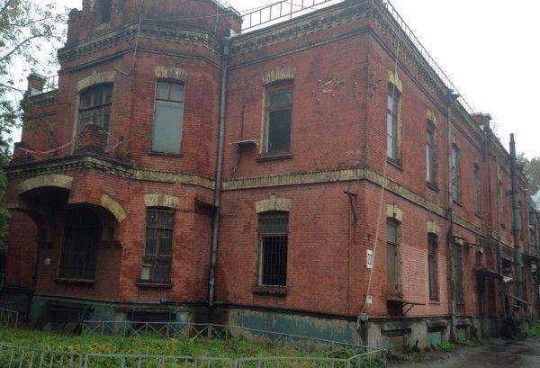 В Москве в День города снесли старинное здание бывшего госпиталя