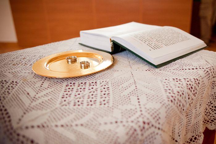 Венчание в субботу, брачный договор и развод «по-христиански» — обсуждают священники ПСТГУ