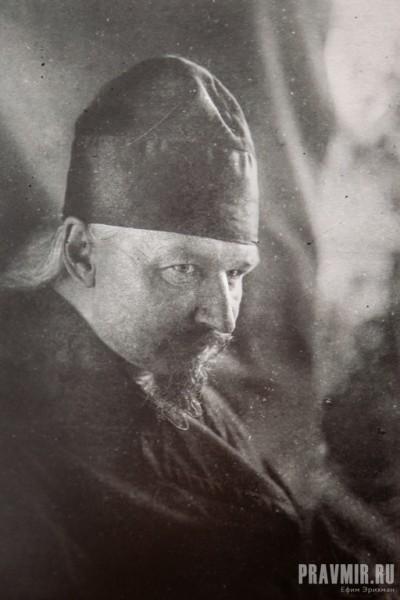архимандрит Агафон (в схиме Игнатий Лебедев) - наместник Высоко-Петровского монастыря 1924-192