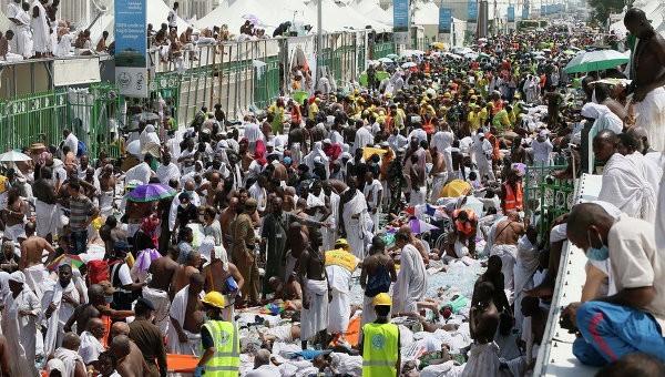 Число погибших в давке около Мекки превысило 700 человек