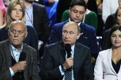 Путин пообещал не запрещать импортные лекарства и медтехнику