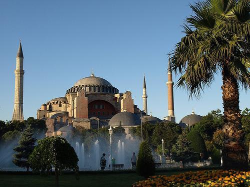 Вопрос о превращении Софийского собора в мечеть вновь обсуждается в Турции