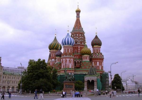 Росимущество готово рассмотреть возможность передачи храма Василия Блаженного Церкви
