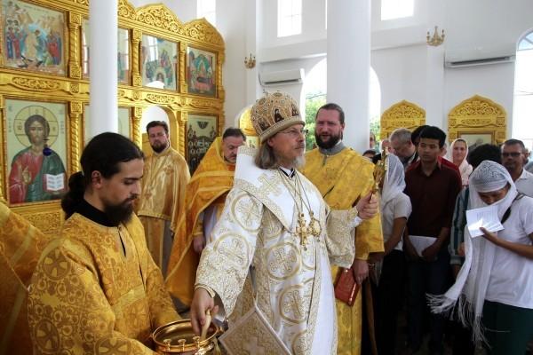 В Камбодже освящен первый храм Русской Православной Церкви 0_d99be_60222a3f_orig-600x400