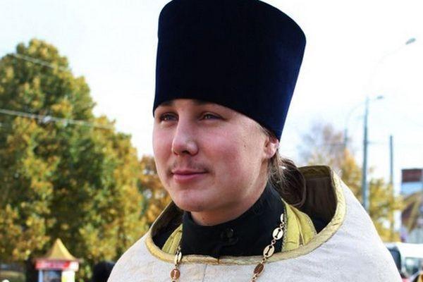 В Ярославской области священник спас мальчика, упавшего в колодец