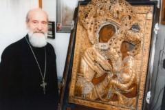 В США скончался последний хранитель Тихвинской иконы протоиерей Сергий Гарклавс