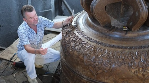 В Воронеже отлит самый большой колокол для Исаакиевского собора