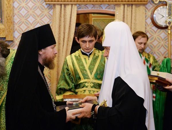 Состоялось наречение архимандрита Тихона (Шевкунова) во епископа Егорьевского и архимандрита Антония (Севрюка) во епископа Богородского (+фото)