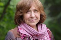 Книги Светланы Алексиевич вернут в обязательную программу в школах Белоруссии