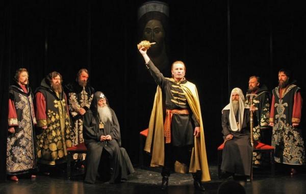 Театр русской драмы покажет спектакль о подвиге святителя Гермогена
