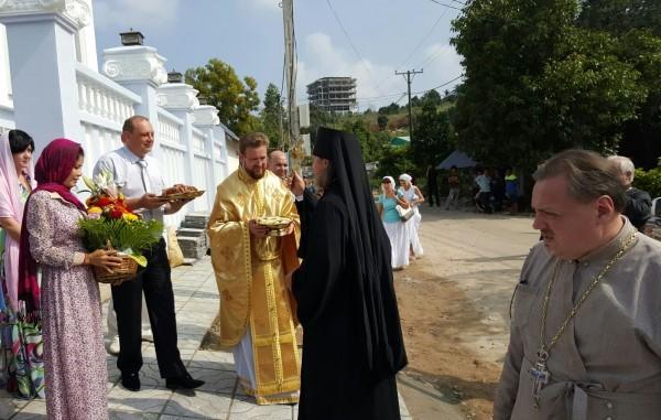 В Камбодже освящен первый храм Русской Православной Церкви Img-20151027-wa0019-600x381