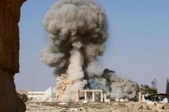 Боевики ИГИЛ уничтожили Триумфальную арку в Пальмире
