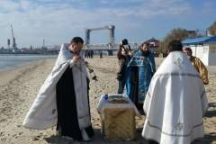 В Украинской Православной Церкви молятся о погибших пассажирах затонувшего под Одессой катера