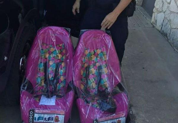 В Техасе полицейские подарили водителю, у которого не было денег, автокресла для его детей