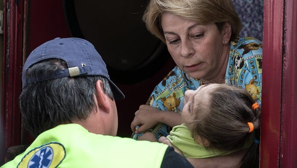 Доктор Лиза привезла на лечение в Москву еще 22 ребенка из Донбасса