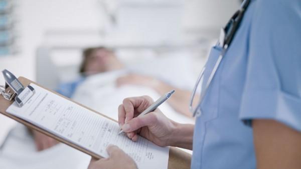 Эксперты обеспокоены низким уровнем знаний ухаживающих за онкобольными в Британии