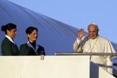 Папа Франциск отправился в паломничество в Африку