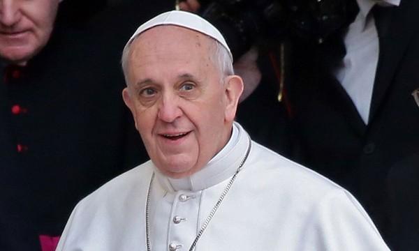 Папа Римский: Церковь призвана служить людям