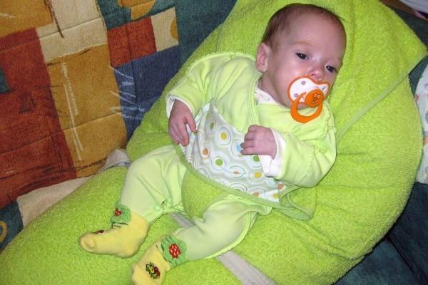 Катюше Катковой почти 5 месяцев. Рост 48 см, вес около 4 кг (вес при рождении 998 г, рост 35 см)