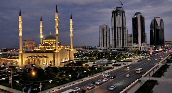 В Чечне за оскорбление верующих запретили страницу журнала «Шарли эбдо» в Твиттере
