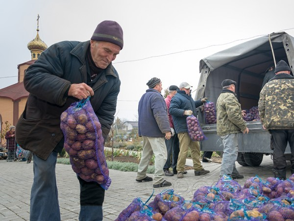 Донбасс: без пенсии, хлеба и внимания СМИ