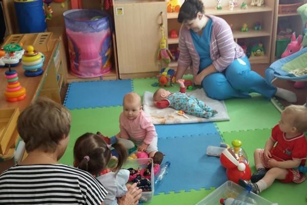Семейно-воспитательная группа в доме ребенка