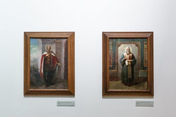 Иконы святителя Алексия Московского и прп. Александра Невского, переданные в дар монастырю святой равноапостольной Марии Магдалины в Иерусалиме, и ныне хранящиеся там.