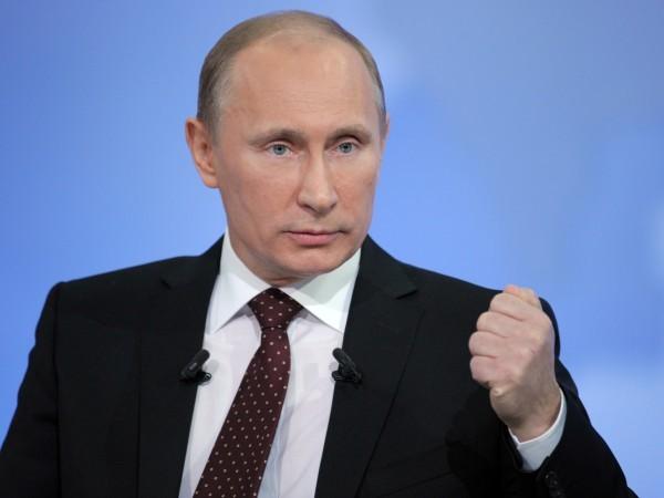 Владимир Путин осудил захваты храмов на Украине