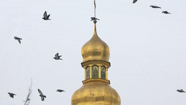 МИД: Ватикан обеспокоен захватами православных церквей на Украине