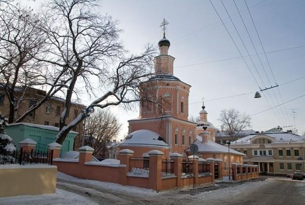 Храм Живоначальной Троицы в Хохлах