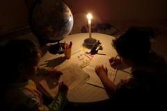 Евпатория: уроки при свечах и вода по графику