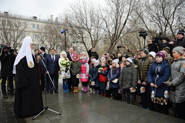 Патриарх Кирилл встретился с детьми погибших сотрудников спецподразделений