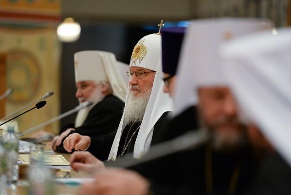 Патриарх Кирилл призвал настоятелей лично контролировать ход строительства новых храмов в Москве