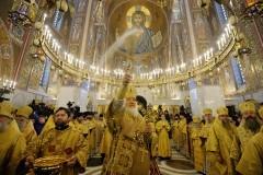 Патриарх Кирилл освятил храм Покрова Пресвятой Богородицы в Ясеневе