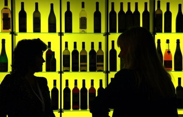Роспотребнадзор требует в досудебном порядке запретить сайты по продаже алкоголя