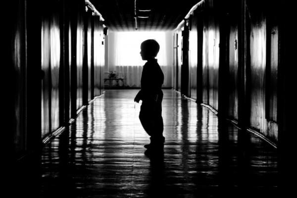 Изъятого у гражданки Таджикистана ребенка спешат перевести в приют